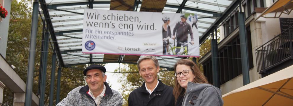 Banner in der Fußgängerzone